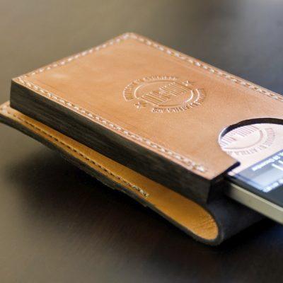 Handmade iPhone Leather Wallet: Flip Brick