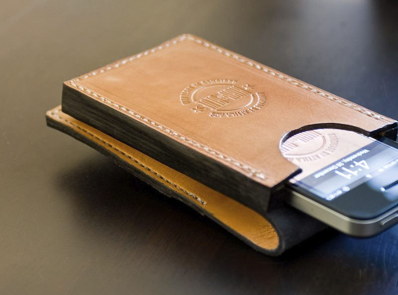 "iPhone Leather Brick ""Flip Wallet"""