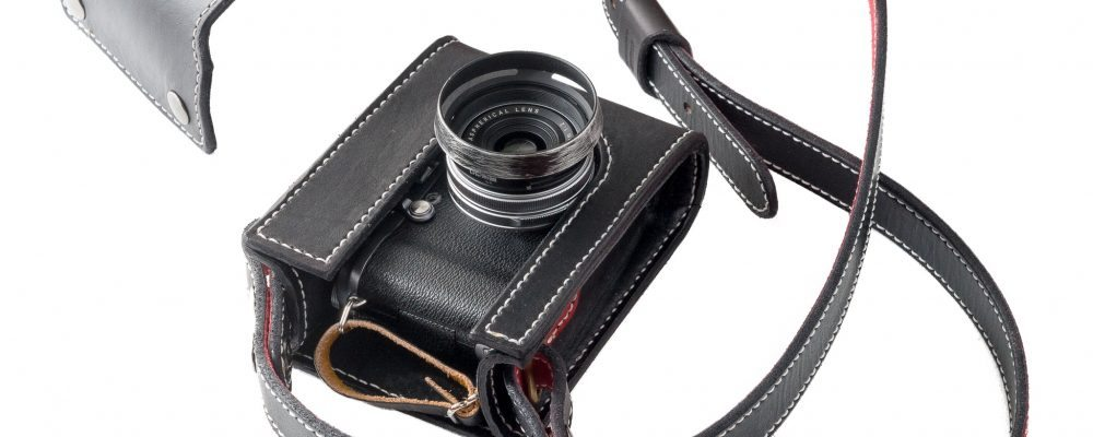 Holster-style camera case for the Fujifilm X100S (second version)
